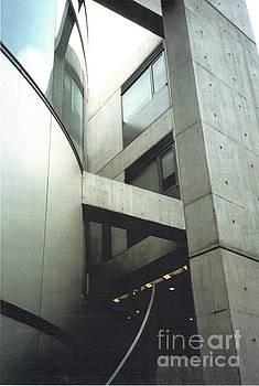 Fumihiko Maki Building ll by Chiong Lin
