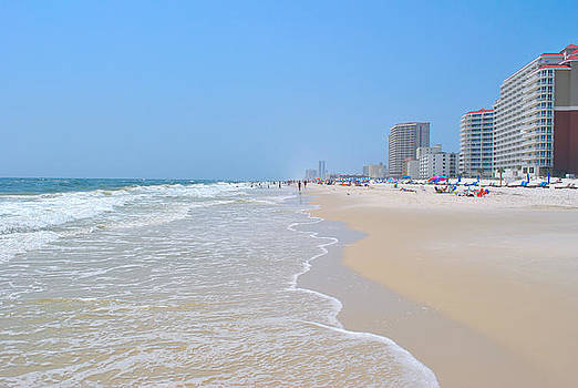 Gulf Shores by Pat Thompson