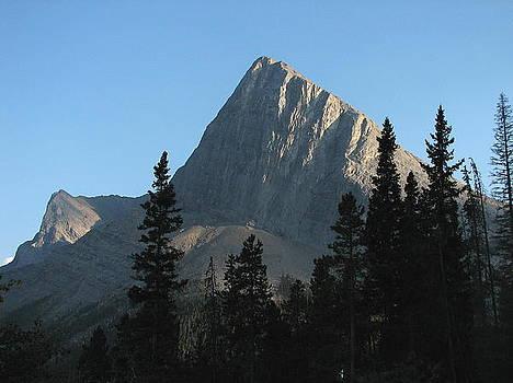 Ha Ling Peak by Keith Rohmann