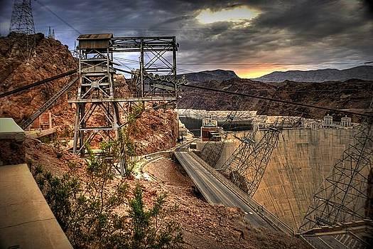 Hoover Dam by Frank Garciarubio