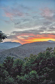 Little Pisgah Mountain by Donnie Smith