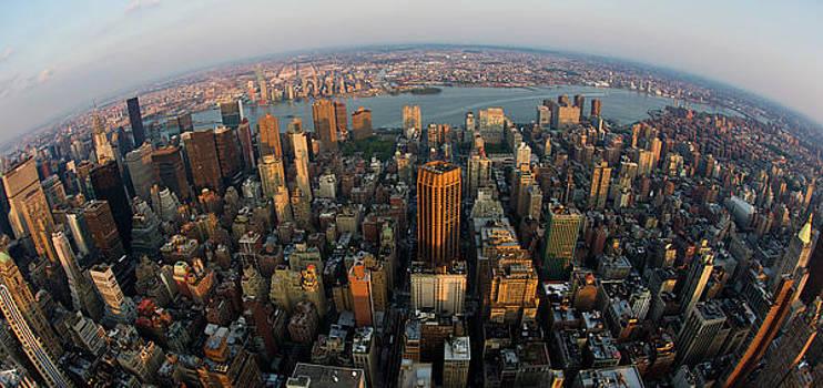 Manhattan by Peter Verdnik