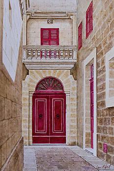 Mdina Street. 106 by Louis Mifsud