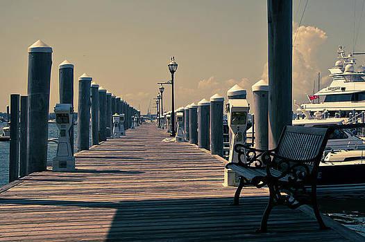 Newport by Peter Verdnik