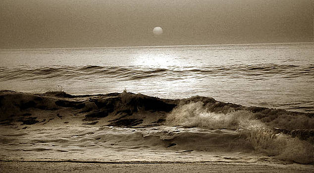 Ocean Sunset by Marilyn Marchant