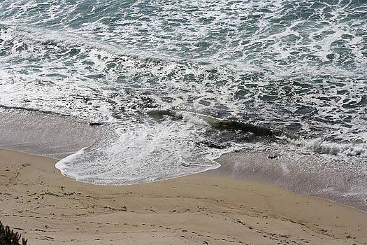 Ocean VI by Lea Cypert