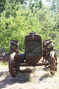 Old Tractor by Lea Cypert
