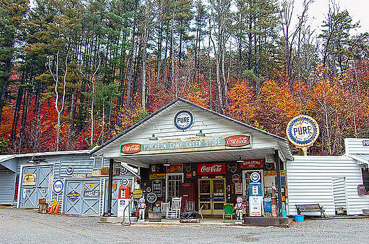Puncheon Camp Creek Store by Donnie Smith