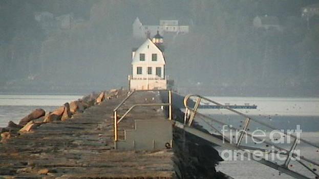Rockland Lighthouse by Melanie Keene
