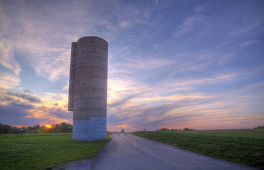 Silo at Sundown by Ron  McGinnis