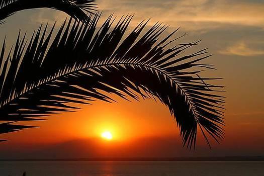 Sun Down by Marcel Schauer