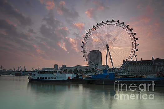 Sunrise London Eye by Donald Davis