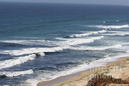 Waves by Lea Cypert