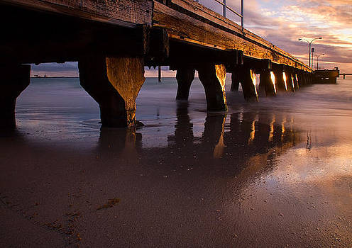 Woodman Point Jetty by Heather Thorning