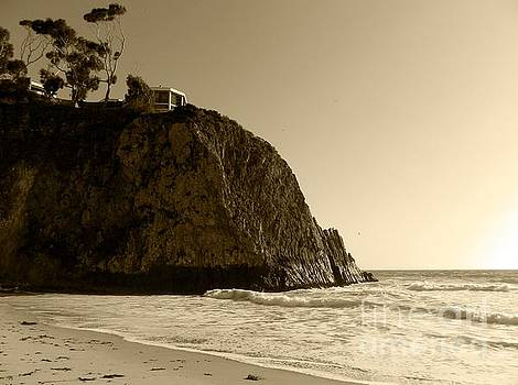 Laguna Beach North by Everette McMahan jr