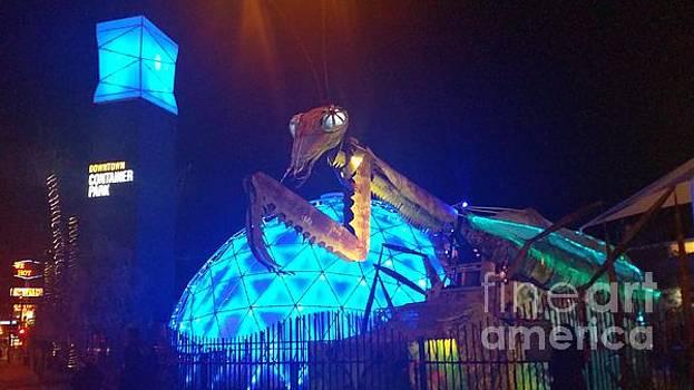Gregory Dyer -  Las Vegas Neon Mantis