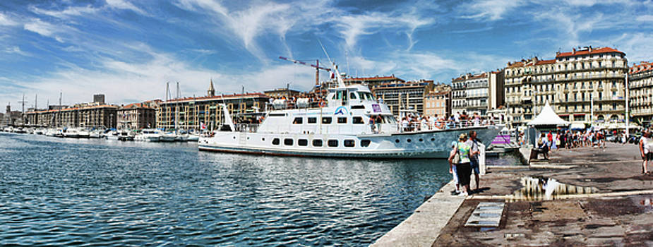 Marseille Vieux Port by Manuel Benito