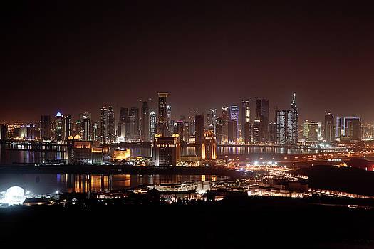 Qatar-night by Tam Ghali
