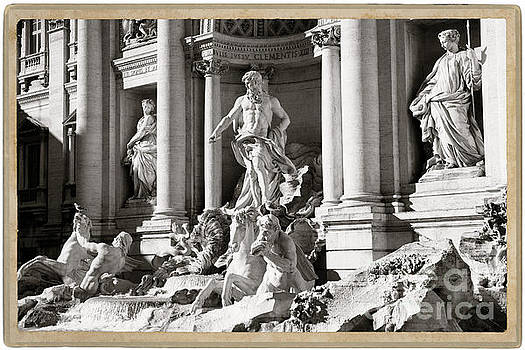 The Trevi Fountain Rome, Italy - BW by Stefano Senise