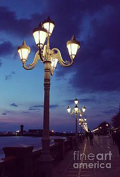 Vintage lanterns by Remioni Art