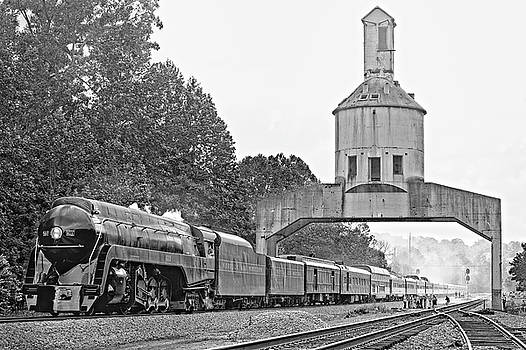 611 at Vickers Coaling Tower in Black and White by Matt Plyler