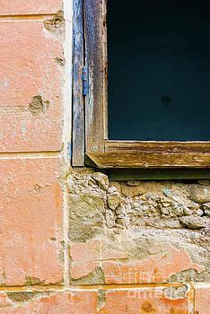 Svetlana Sewell - Abstract Exterior