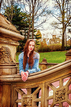 Alexander Image - American teenage girl traveling at Central Park in New York
