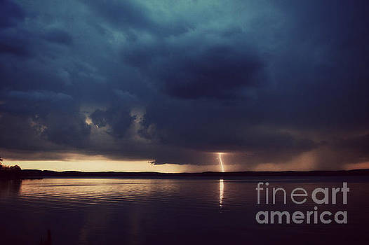 Approaching Storm by Kelly Nowak