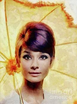 Mary Bassett - Audrey Hepburn, Vintage Actress