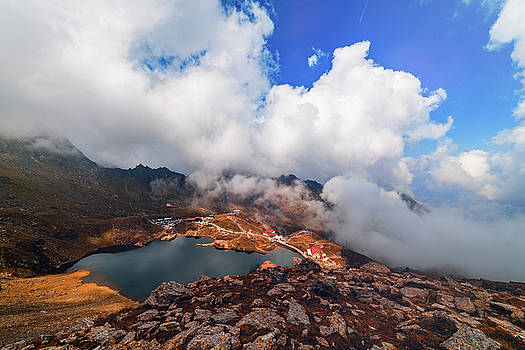 Balea Lake by Chris Thodd