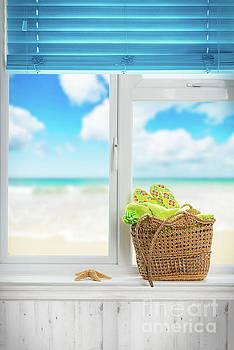 Beach Basket by Amanda Elwell