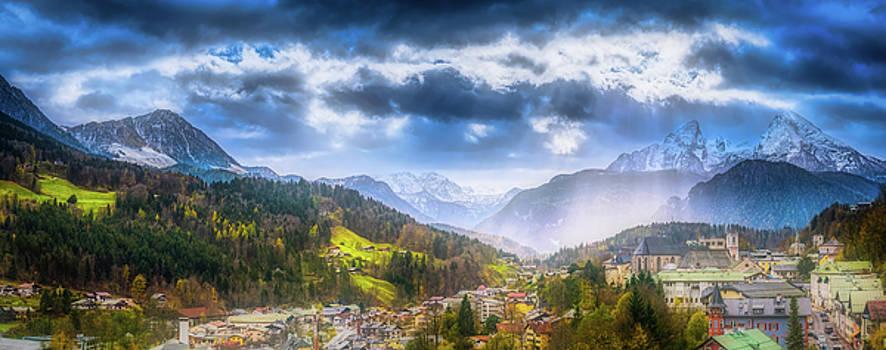 Berchtesgaden In Autumn by Pixabay