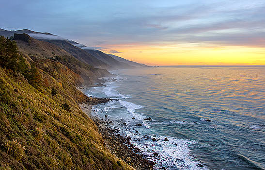 Big Sur Coastline by Lynn Andrews