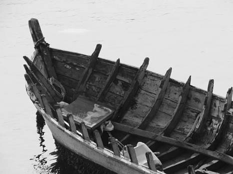 Boat by Cesar  Vieira