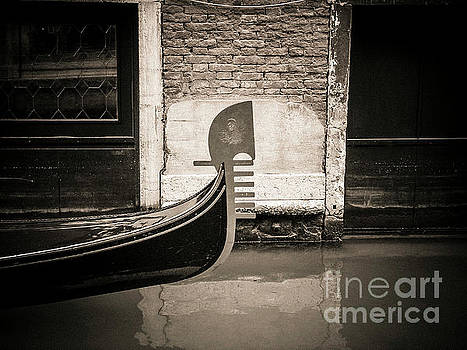 BERNARD JAUBERT - Bow of a gondola, Venice, Italy, Europe