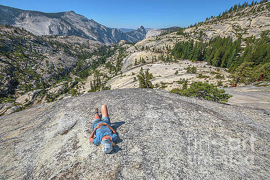 Break after Yosemite hiking by Benny Marty
