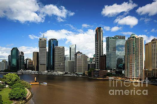 Brisbane city skyline by Andrew Michael