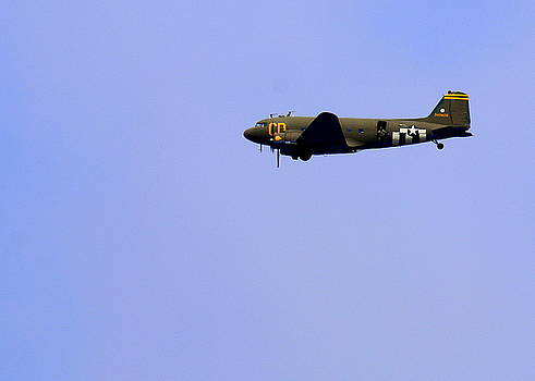 John King - C47 and Paratroopers at Salinas