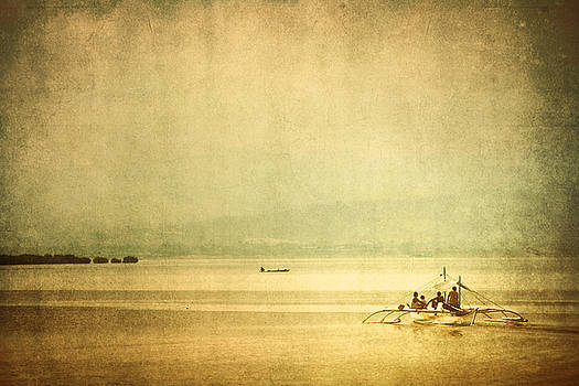 Calville Bay by Ross Throndson