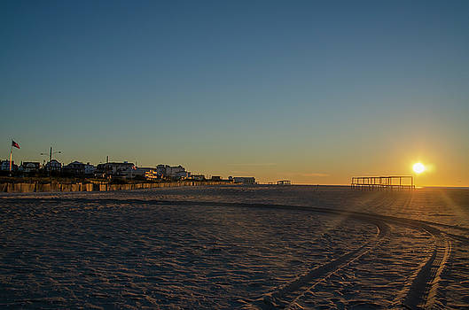 Cape May Beach - At Sunrise by Bill Cannon