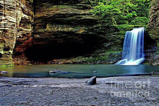 Cascade Falls by Matthew Winn