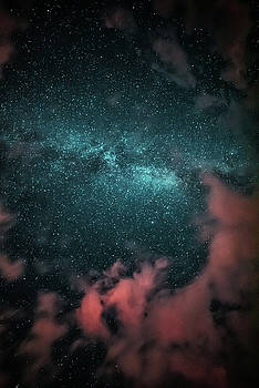 Cloudy Milky Way by Chris Thodd