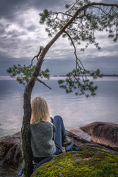 Contemplation by Ludwig Riml