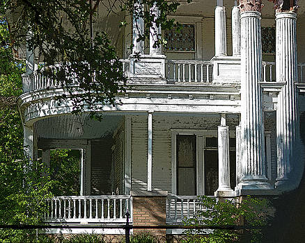 Curved Porches in Color by Connie Fox