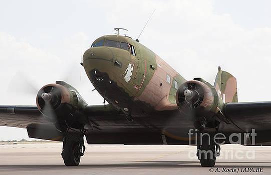 DC-3 Dakota  -Spooky- by Antoine Roels