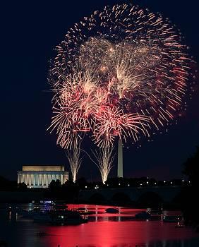 DC 4th of July by Scott Fracasso