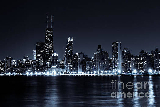 Paul Velgos - Downtown Chicago City Skyline at Night Photo