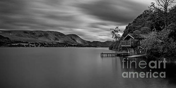 Dukes Boathouse by Roger Green