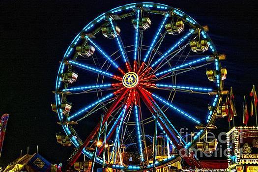 Ferris Wheel by Janice Spivey