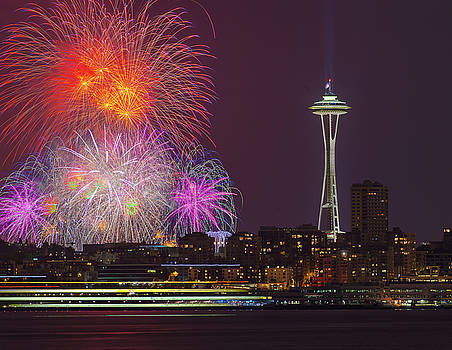 Fireworks with Space Needle by Hisao Mogi